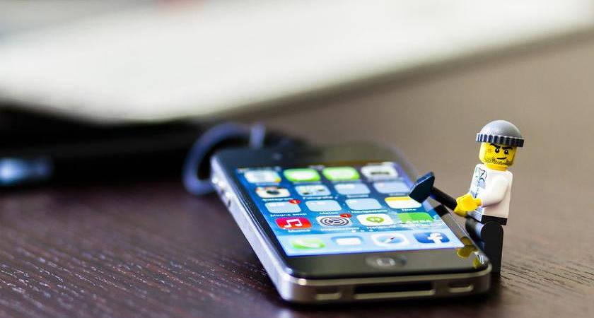 За взломанные iPhone придется заплатить $1 млн
