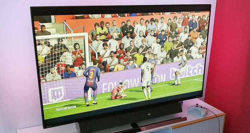 Philips покорила IFA 2019 новыми мониторами