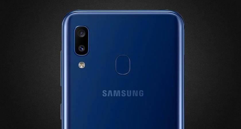 Samsung набирает обороты: еще один бюджетник Galaxy A01 скоро в продаже!