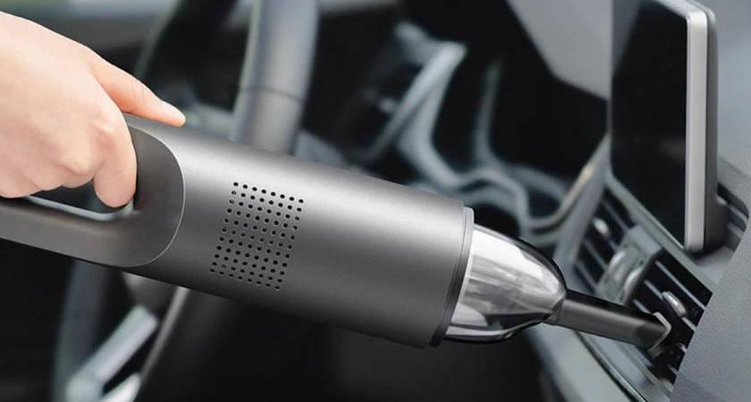 Xiaomi продают автомобильный пылесос за 100 долларов