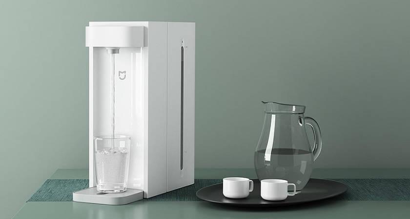 Xiaomi анонсировала новый диспенсер для воды Instant Water Dispenser C1