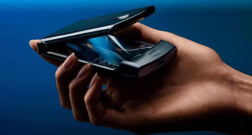 Motorola собирается модернизировать складной смартфон Motorola!?