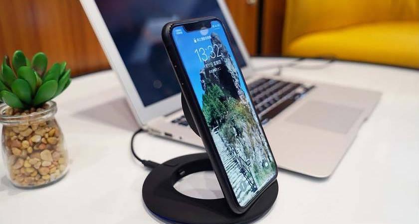 Boway Z1 – новая беспроводная зарядка в виде подставки от Xiaomi