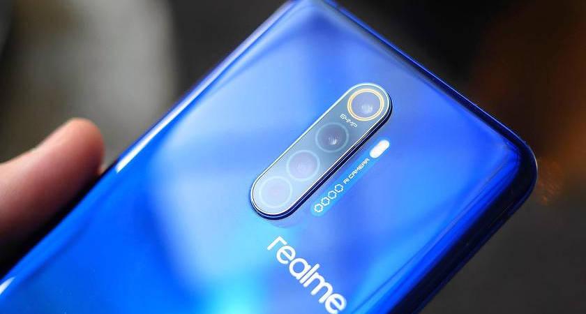 OPPO собирается представить флагманский Realme X3 SuperZoom