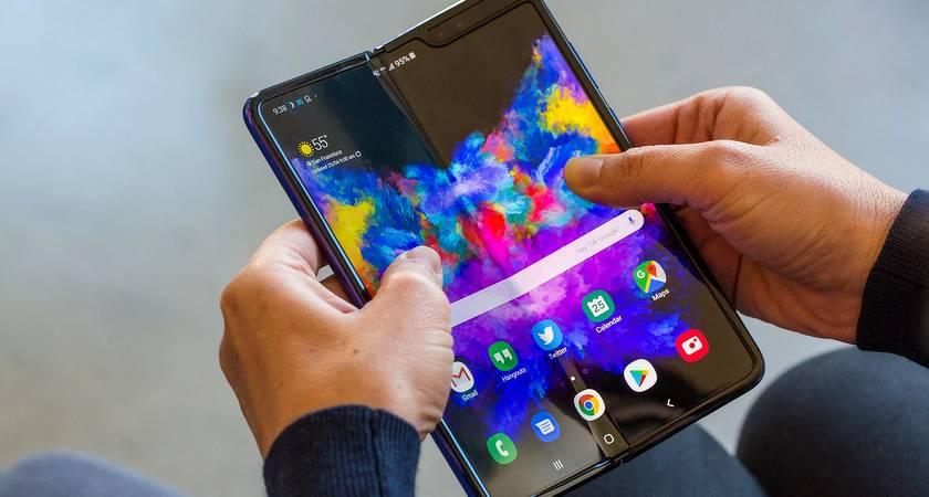 Рендеры смартфона Galaxy Fold Lite уже появились в сети