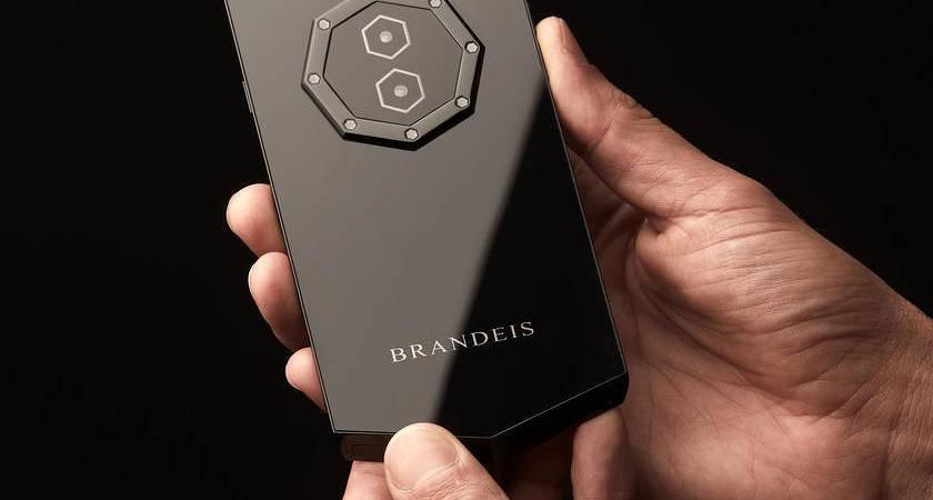 Brandeis Prometheus: топ смартфон или жесткая афера?