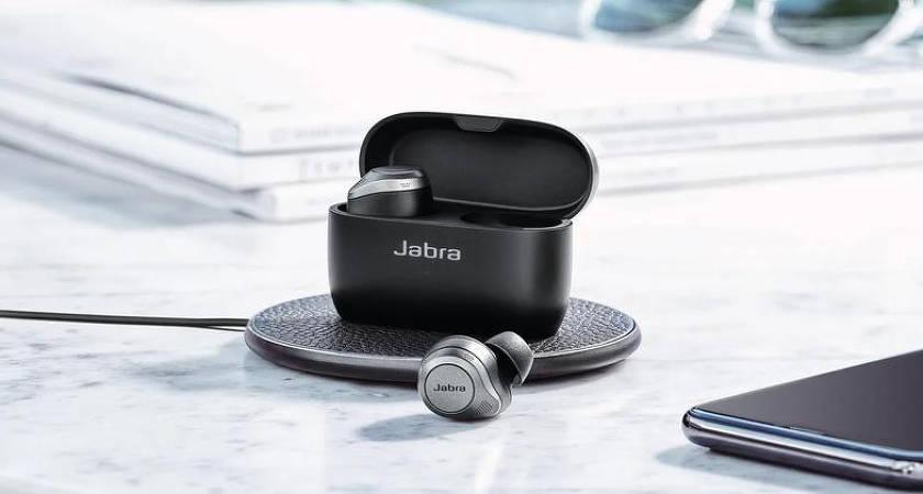 Jabra Elite 85t – новые TWS-наушники с хорошей автономностью до 31 часов