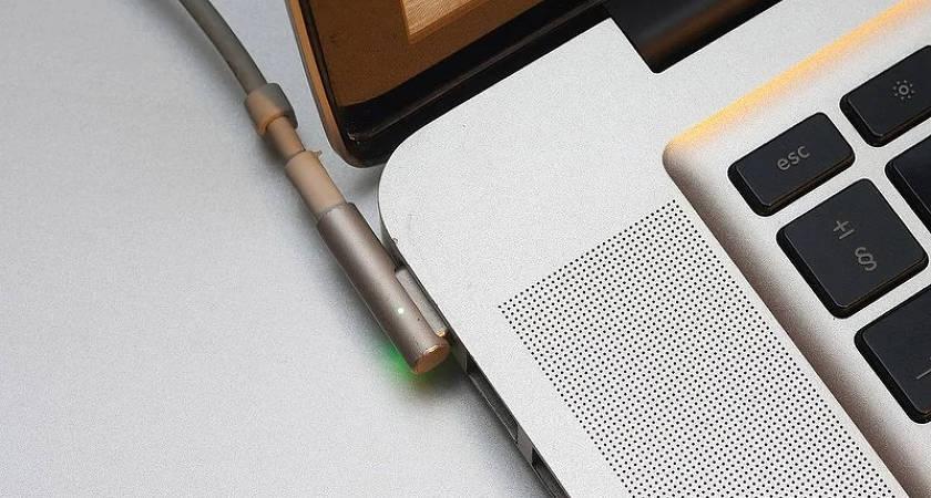 Apple собирается восстановить торговую марку MagSafe