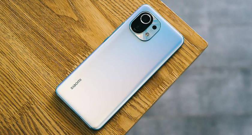 Около 350000 единиц за первые 5 минут продаж Xiaomi Mi 11
