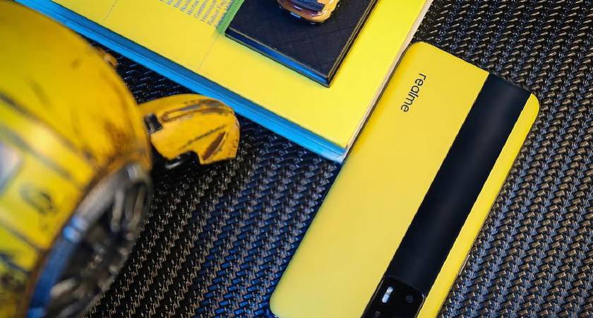 Realme GT 5G может получить Snapdragon 888 и дисплей в 120 Гц