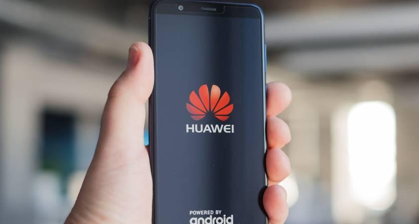 В России растут продажи смартфонов Honor