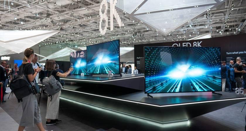 8К Телевизоры Samsung  добрались до России: от 80 тысяч до 1.5 млн рублей