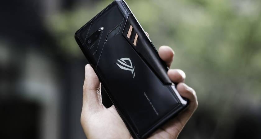 Начались работы над смартфоном Asus ROG Phone 2