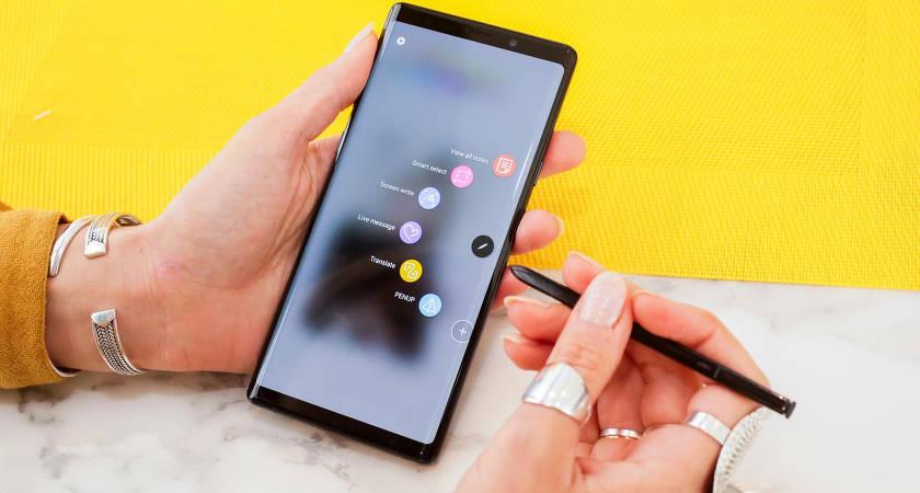 Смартфон Samsung Galaxy Note 10 получит мощную быструю зарядку